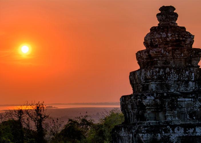Bakheng Temple Photo